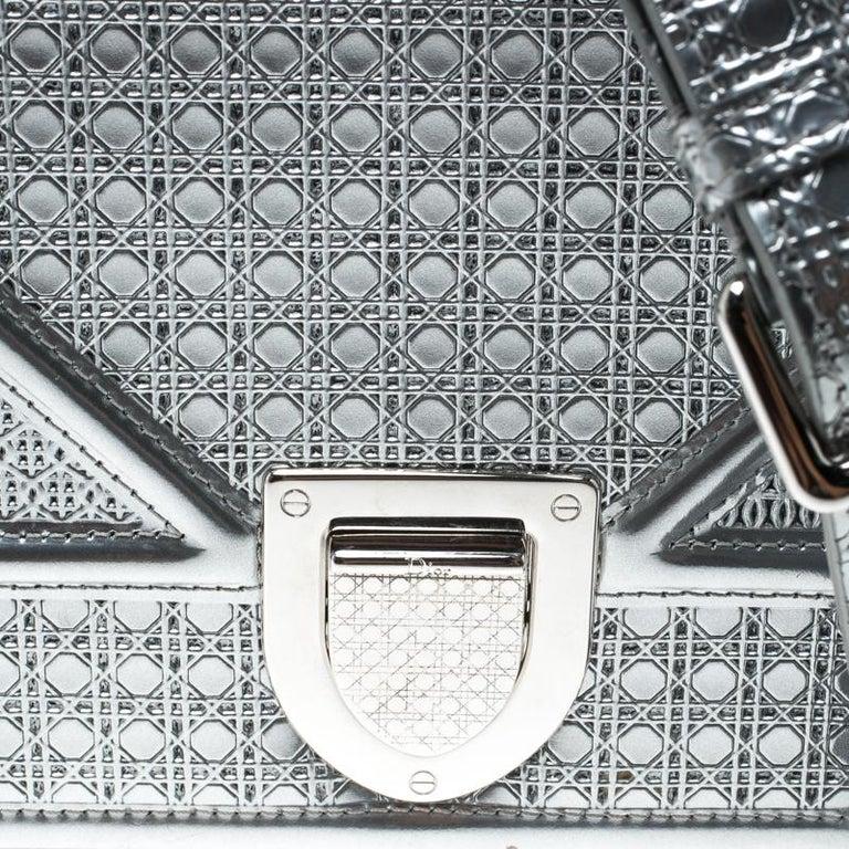 ad6e22b7a38 Women's Dior Silver Patent Leather Medium Diorama Flap Shoulder Bag For Sale