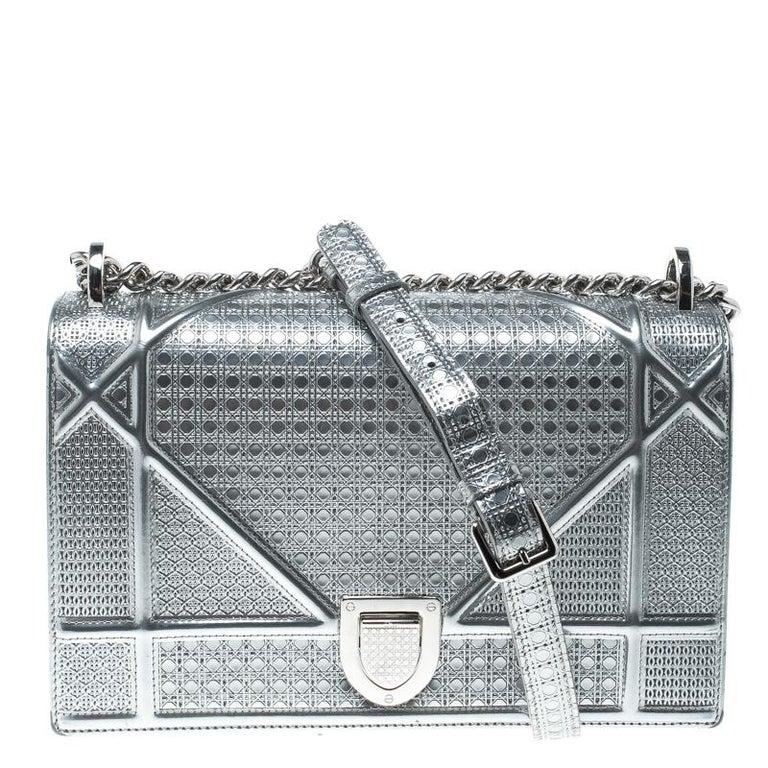 18a5355d372 Dior Silver Patent Leather Medium Diorama Flap Shoulder Bag at 1stdibs