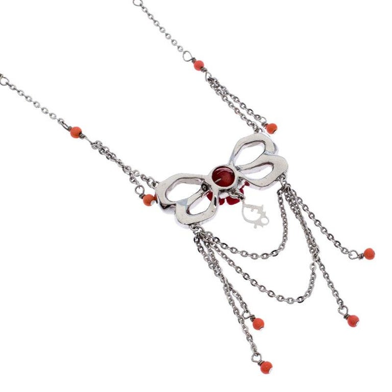 Dior Silver Tone Crystal Embellished Layered Floral Bow Necklace In Good Condition For Sale In Dubai, Al Qouz 2