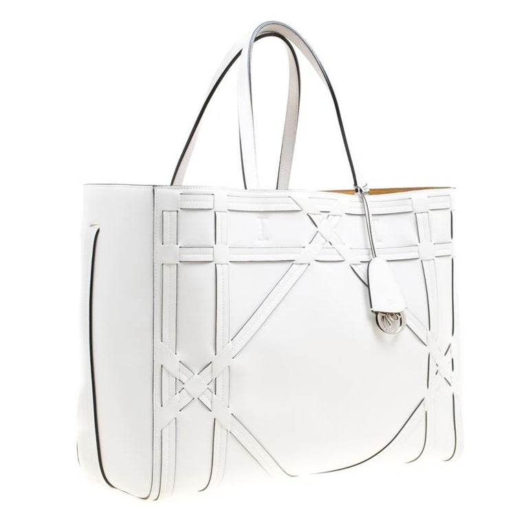 Dior White Cannage Detail Leather Shopper Tote with Pouch For Sale 5
