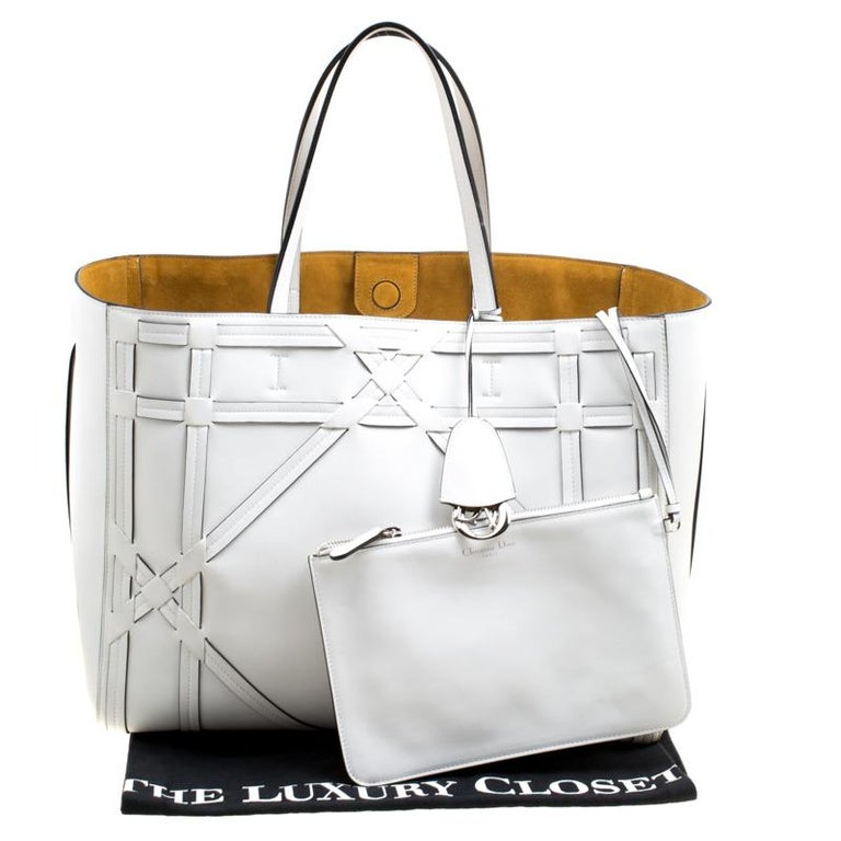 Dior White Cannage Detail Leather Shopper Tote with Pouch For Sale 7