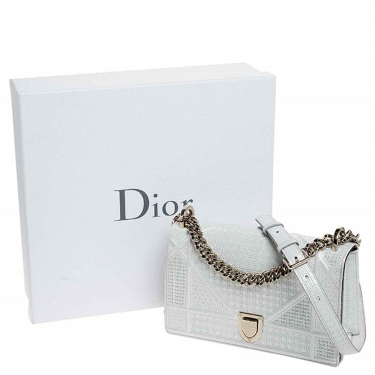 Dior White Patent Leather Small Diorama Flap Shoulder Bag For Sale 8
