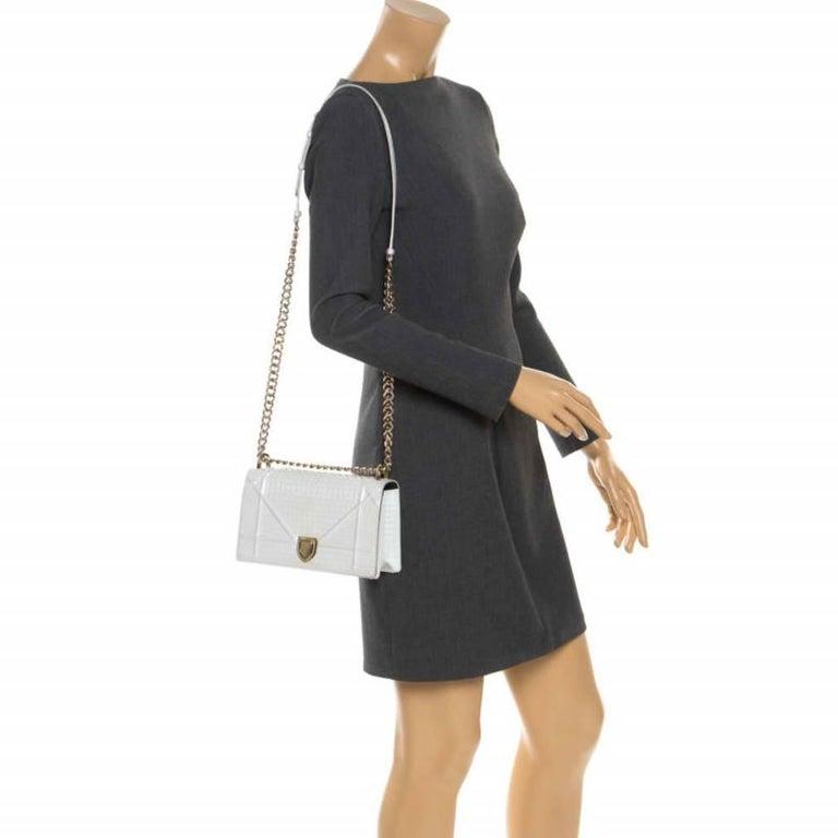Dior White Patent Leather Small Diorama Flap Shoulder Bag In Good Condition For Sale In Dubai, Al Qouz 2