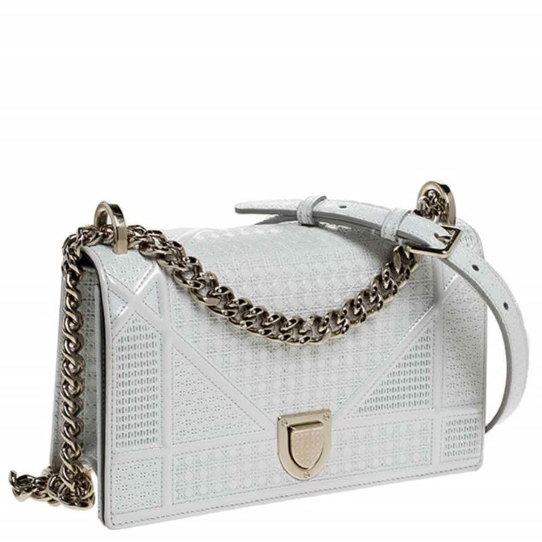 Women's Dior White Patent Leather Small Diorama Flap Shoulder Bag For Sale