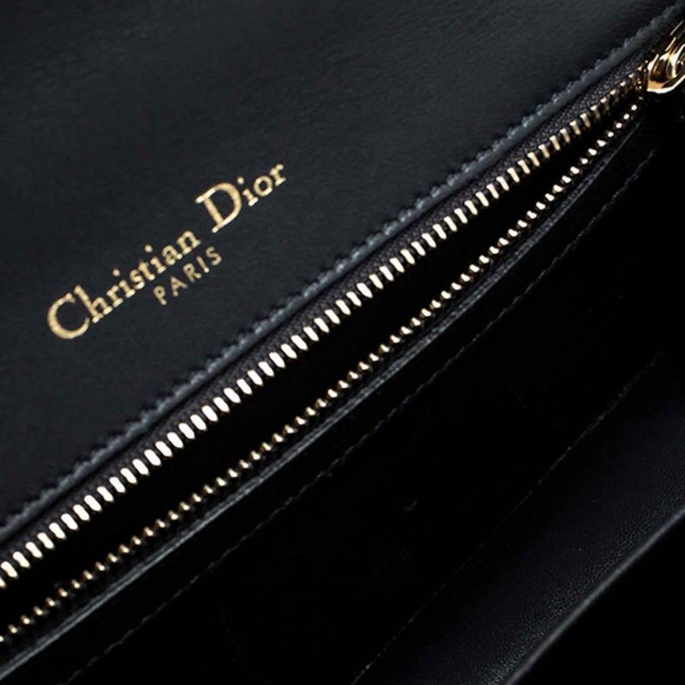 Dior White Patent Leather Small Diorama Flap Shoulder Bag For Sale 3