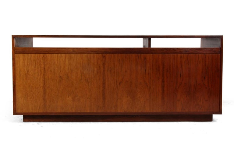 Diplomat Sideboard in Rosewood by Finn Jhul For Sale 6