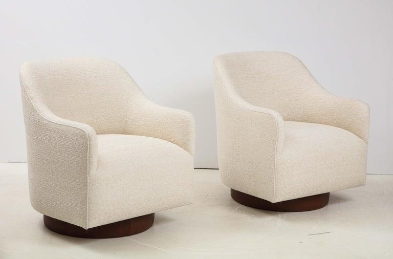 Modern Milo Baughman/Directional Ivory Boucle Club Chairs