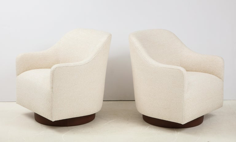 American Milo Baughman/Directional Ivory Boucle Club Chairs