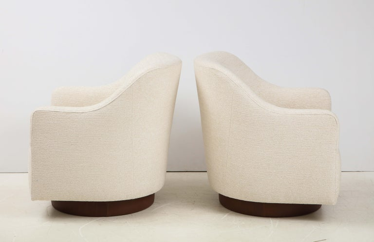 Leather Milo Baughman/Directional Ivory Boucle Club Chairs