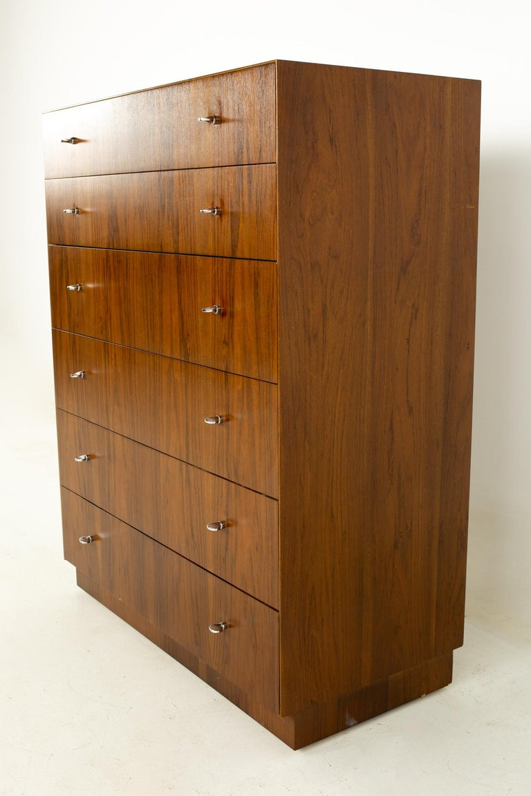 Late 20th Century Directional Mid Century Walnut and Chrome Highboy Dresser For Sale