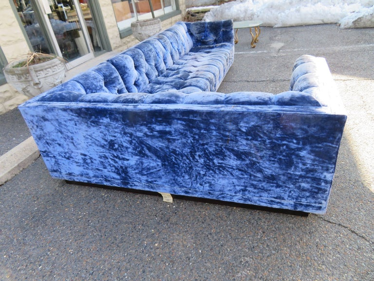 Mid-20th Century Directional Milo Baughman Two-Piece Tufted Sofa Sectional Mid-Century Modern For Sale