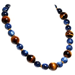 Distinctive Necklace of Natural Tiger's Eye and Blue Kyanite