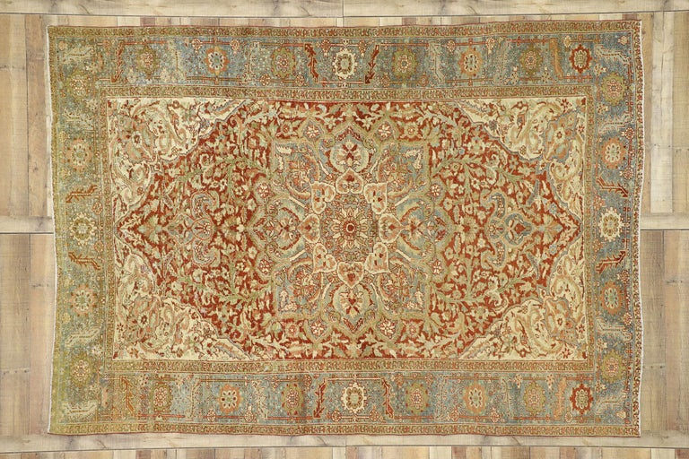 Distressed Antique Persian Heriz Design Rug with Rustic Artisan Cottage Style In Distressed Condition For Sale In Dallas, TX