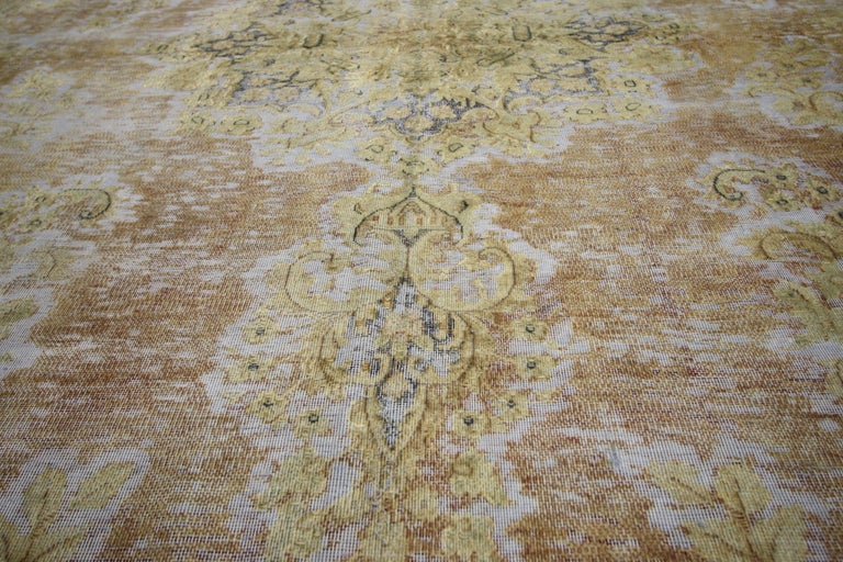 60771, distressed vintage Turkish rug with shabby chic farmhouse style. Traditional style re-purposed to meld with today's modern interiors. The light and airy colors combined with cozy casual living create an inviting atmosphere. This distressed