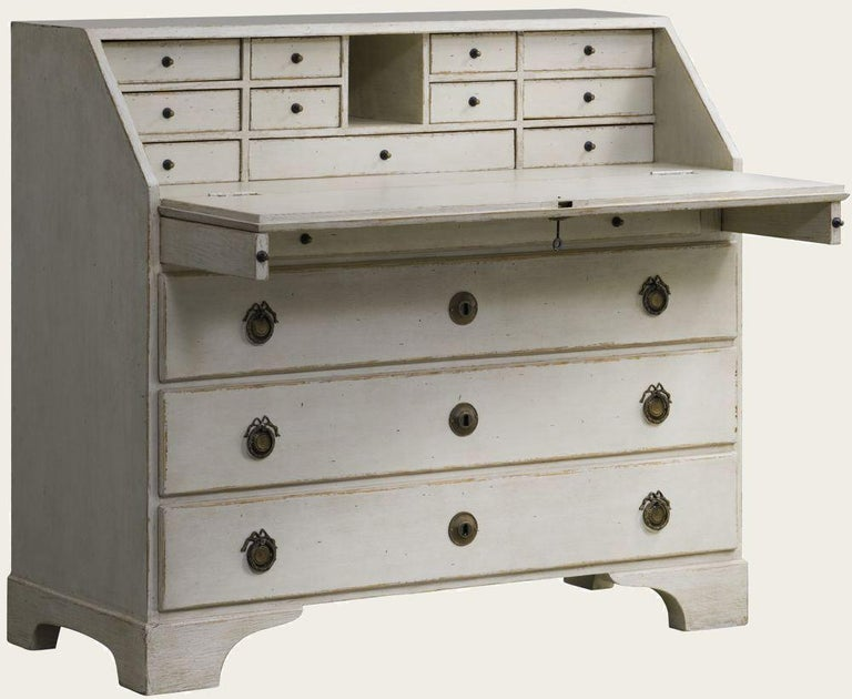 Distressed White Painted Gustavian Style Bureau, Secretaire In Excellent Condition For Sale In NEW YORK, NY