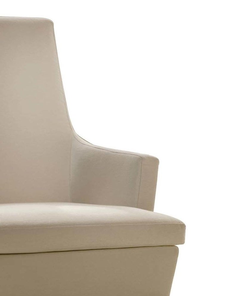 Diva Ivory Swivel Armchair In New Condition For Sale In Milan, IT