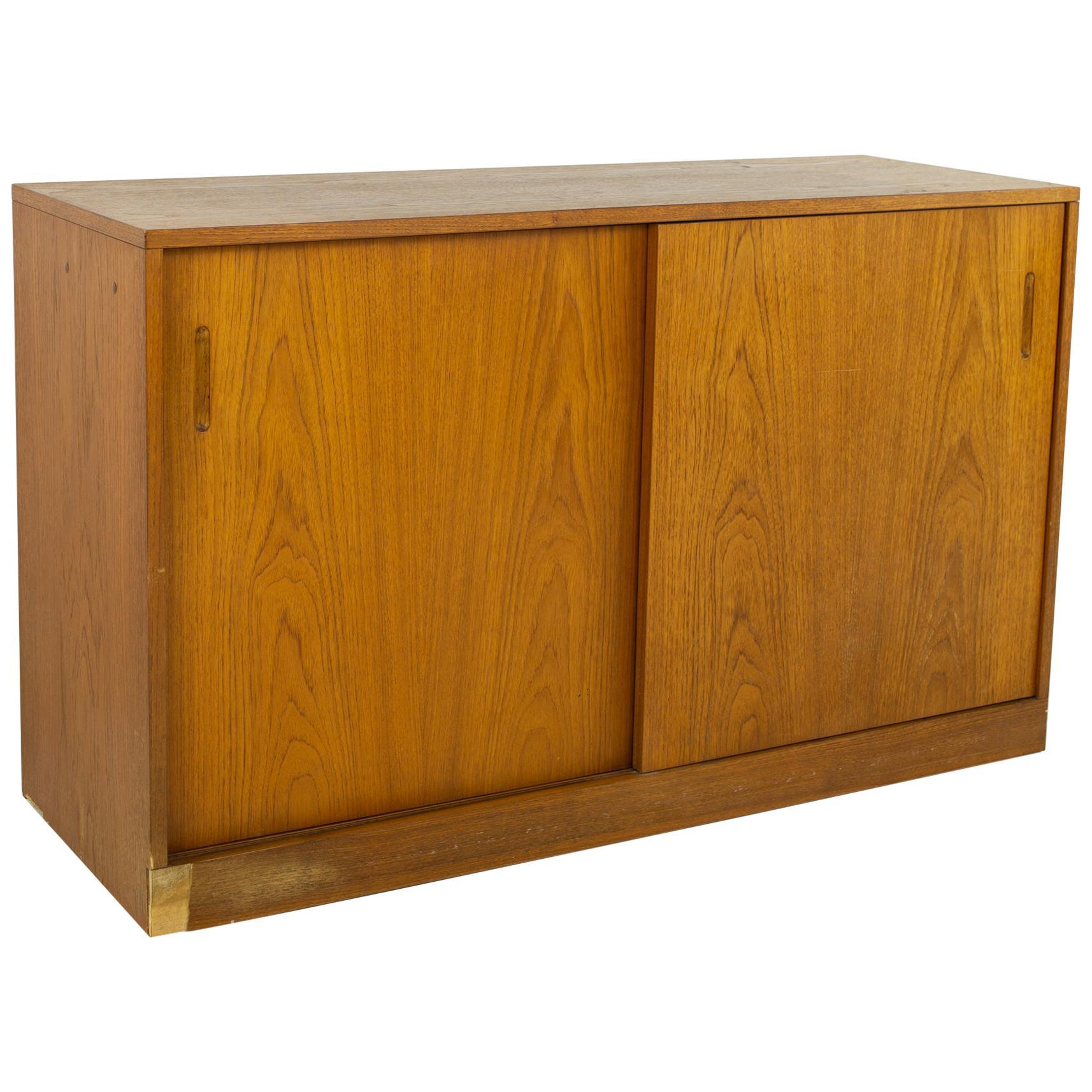Dixie Furniture Mid Century Teak Sliding Door Media Cabinet Credenza