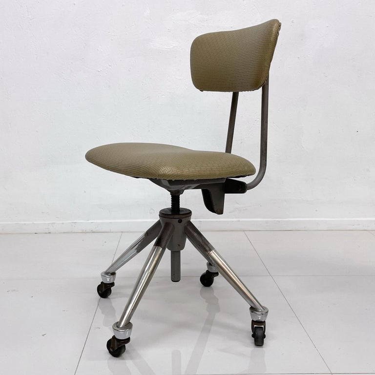 American Do More Office Chair Mid-Century Modern Industrial, USA For Sale