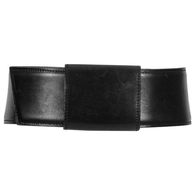 Film Documented F/W 1984/85 AZZEDINE ALAÏA PARIS Black Smooth Leather Waist Belt For Sale