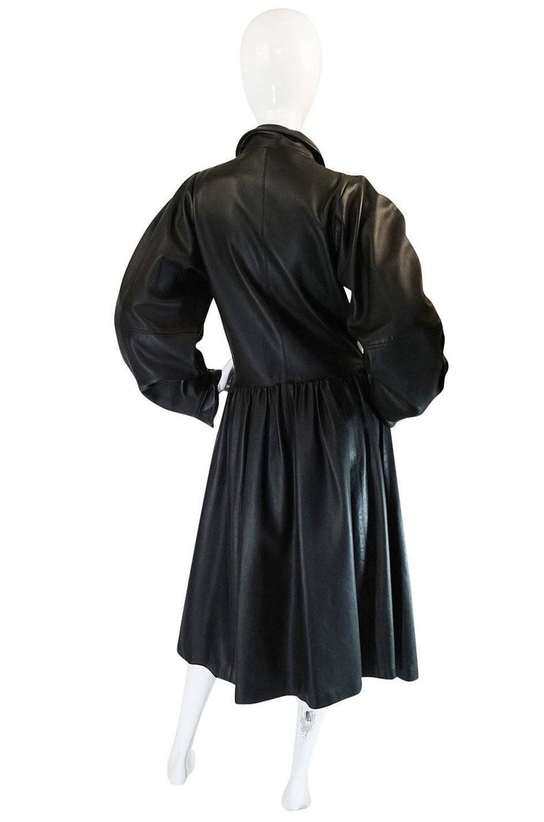 The sleeve was of primary important on the Fall 1982 YSL runway and I am very pleased to have found a runway photo of the twin of this wonderful coat. For Fall 1982, slim cut dresses where finished with wildly extravagant, huge puffed sleeves and