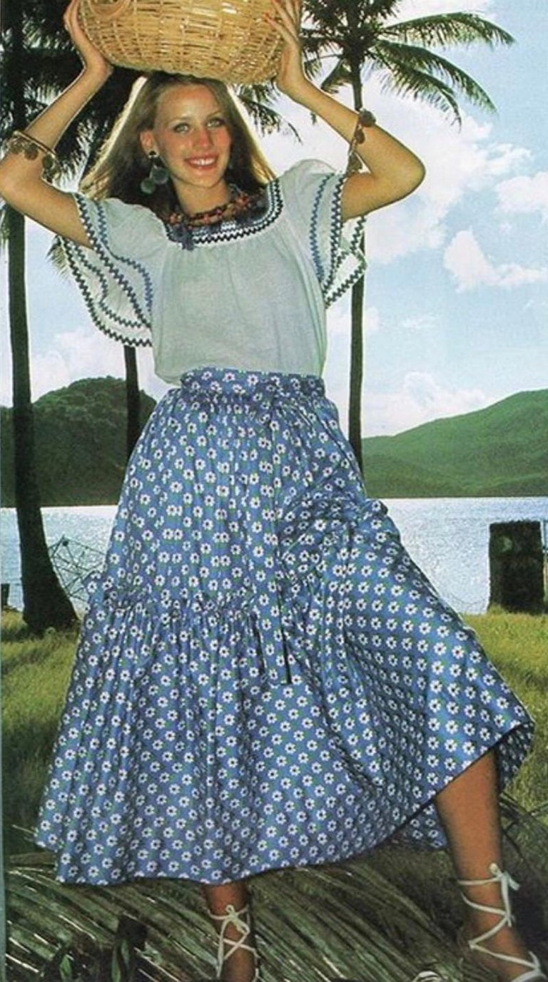 Documented Yves Saint Laurent Peasant Skirt & Stole, Spring-Summer 1977 In Good Condition For Sale In Geneva, CH