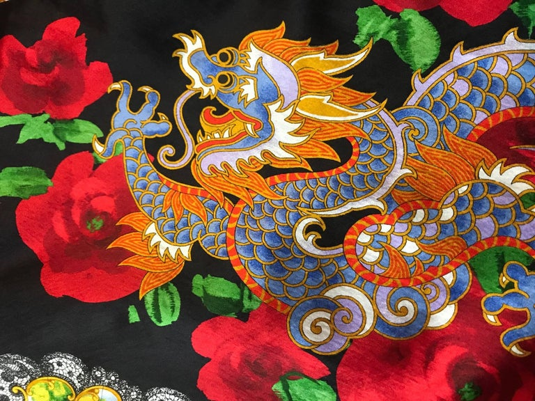 Dolce & Gabbana Museum Piece Asian Inspired Dragon Fan Print Dress, 1990s   In Excellent Condition For Sale In San Francisco, CA