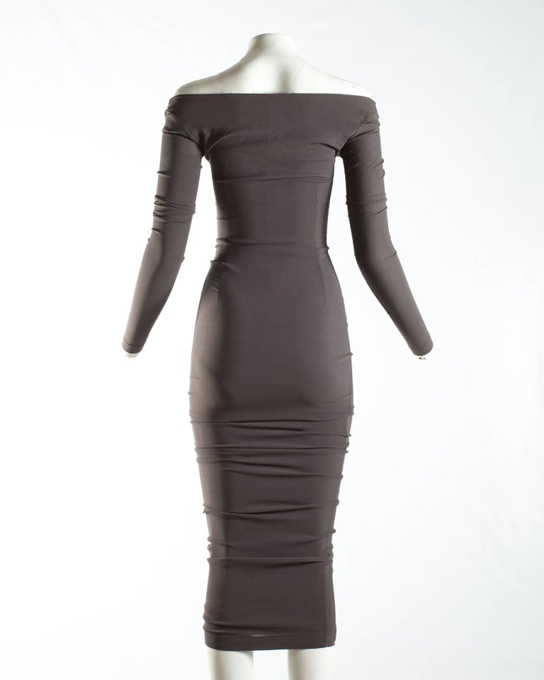 Dolce & Gabbana taupe bodycon off the shoulder maxi dress, ca. 1991-1995 In Good Condition For Sale In London, GB