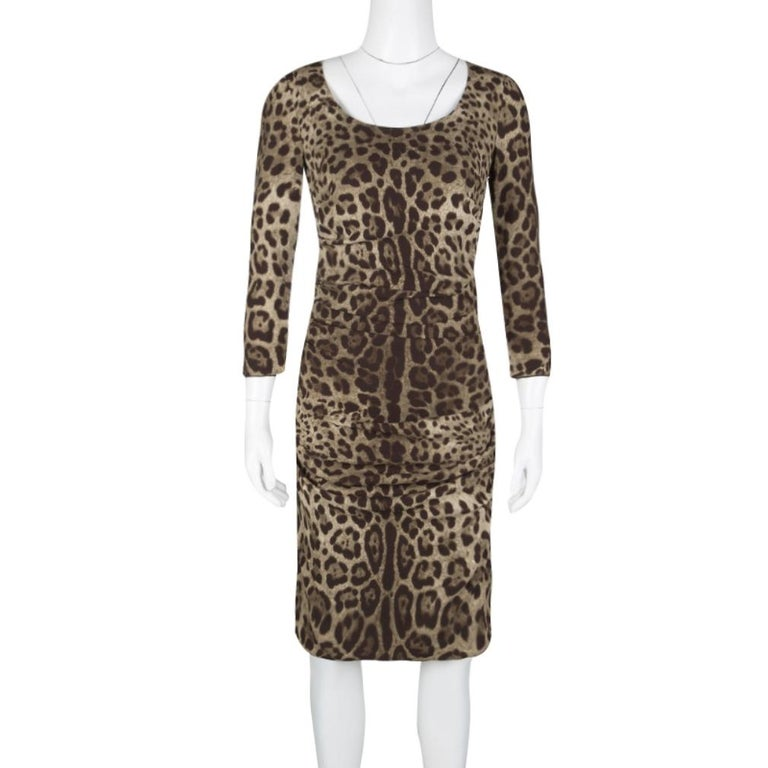 Dolce and Gabbana Animal Print Ruched Silk Long Sleeve Dress M In Good Condition For Sale In Dubai, Al Qouz 2
