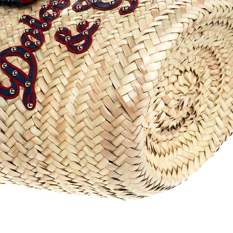 Dolce and Gabbana Beige Woven Raffia Kendra Bucket Bag For Sale 2
