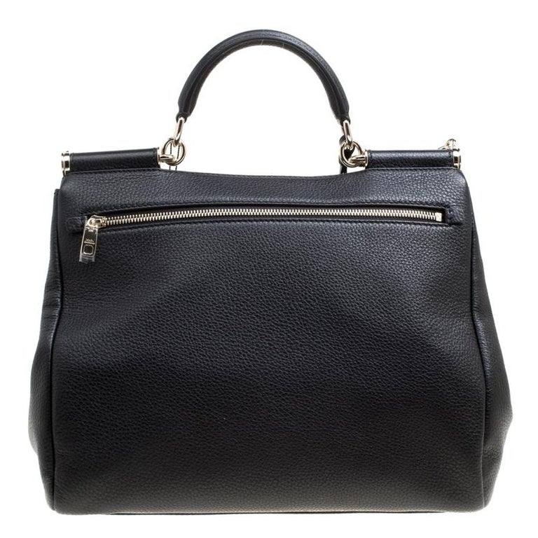 Whether it is a casual evening or a night out with your friends, the Sicily bag is a splendid pick for any occasion. This black bag beautifully embodies the spirit of extravagance and feminity that the Italian luxury brand carries. From the house of