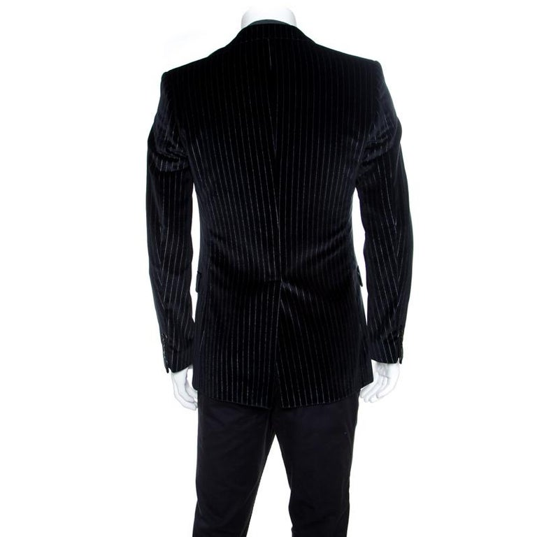 This blazer from Dolce&Gabbana is perfect for the handsome you as it will make you look sharp and classy. The blazer is made from striped velvet, featuring notched lapels, front buttons, and pockets. Pair this creation with a plain shirt, trousers