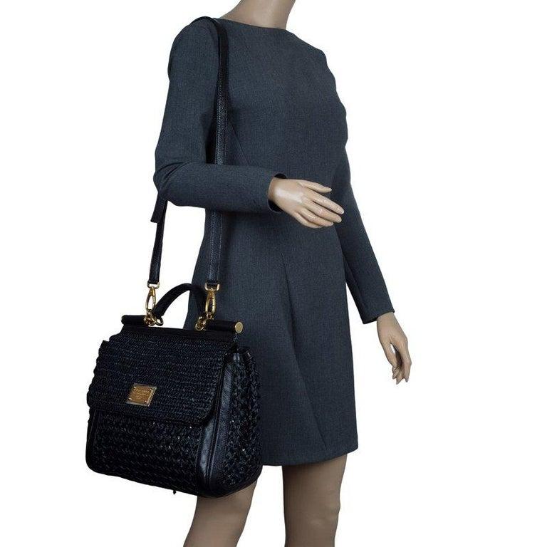 Dolce and Gabbana Black Woven Raffia Miss Sicily Top Handle Bag In Good Condition For Sale In Dubai, Al Qouz 2