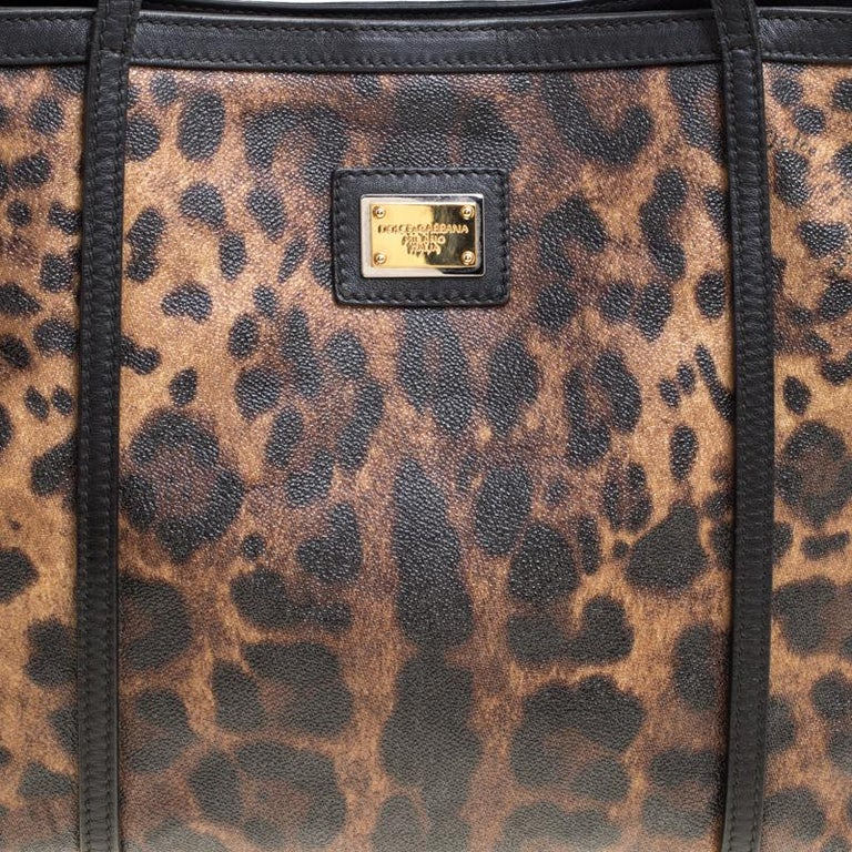 Dolce and Gabbana Brown/Black Leopard Print Coated Canvas Tote For Sale 1