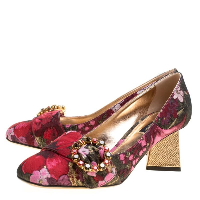 Dolce and Gabbana Floral Jacquard Fabric Block Heel Pumps Size 37.5 For Sale 1