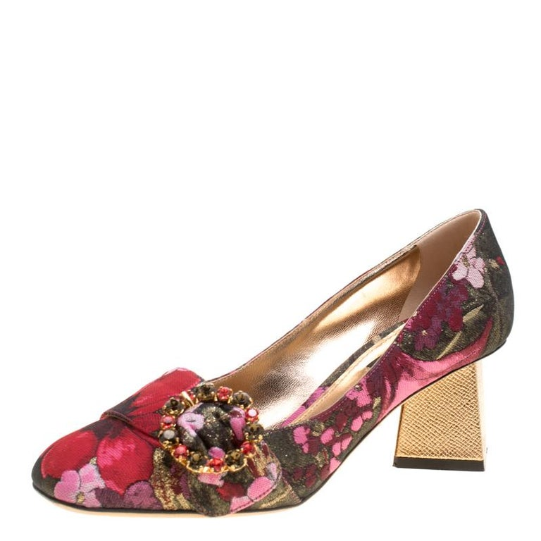 Dolce and Gabbana Floral Jacquard Fabric Block Heel Pumps Size 37.5 For Sale