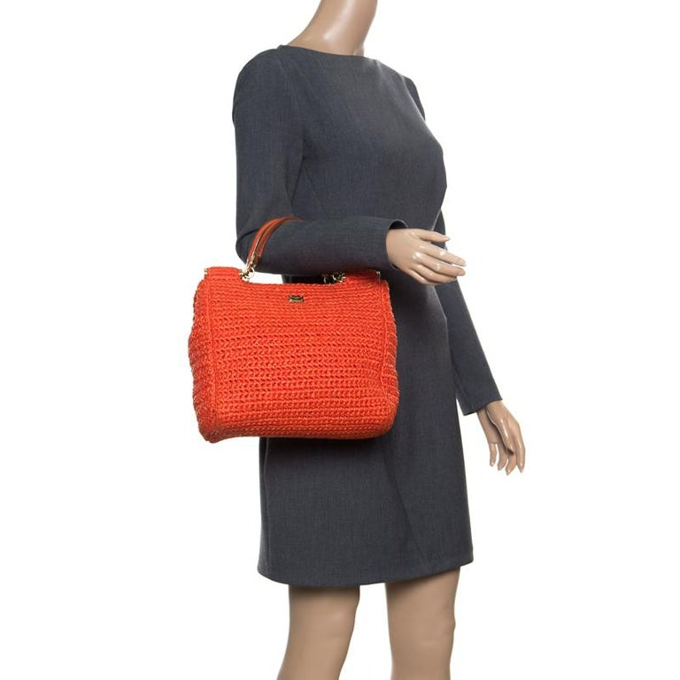 Dolce and Gabbana Orange Raffia Miss Sicily Top Handle Bag In Good Condition For Sale In Dubai, Al Qouz 2