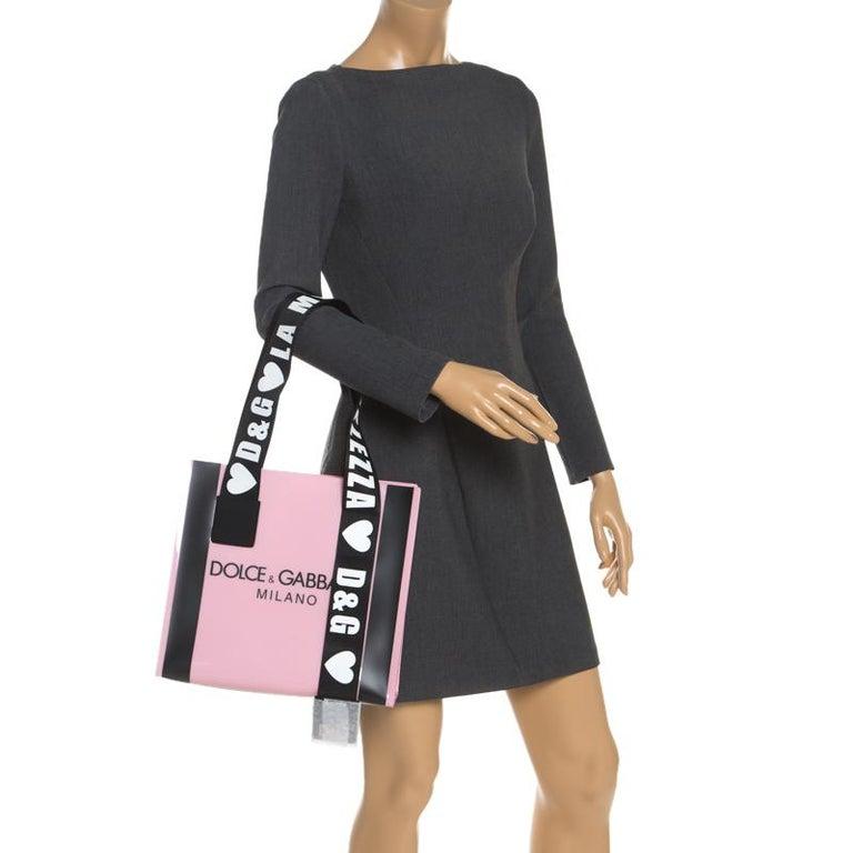 Dolce and Gabbana Pink PVC Street Shopper Tote In New Condition For Sale In Dubai, Al Qouz 2