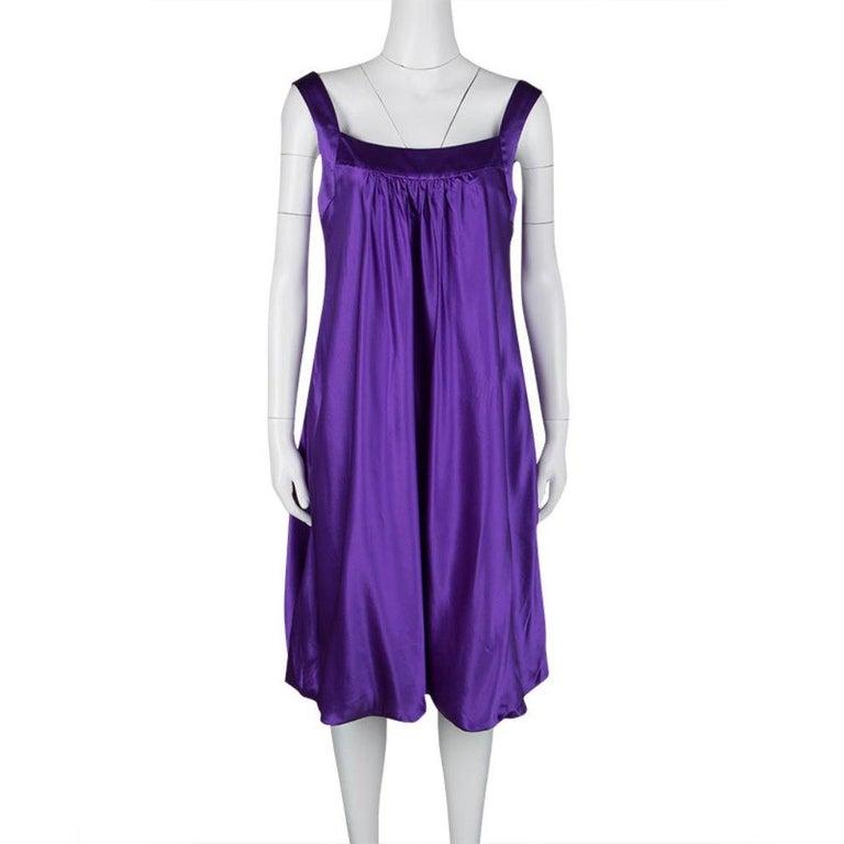 Dolce and Gabbana Purple Silk Satin Sleeveless Balloon Dress S In Good Condition For Sale In Dubai, Al Qouz 2