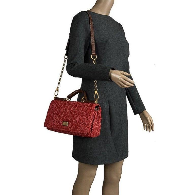 Dolce and Gabbana Red Crochet Raffia Miss Sicily Shoulder Bag In Good Condition For Sale In Dubai, Al Qouz 2