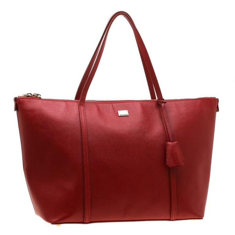 Women's Dolce and Gabbana Red Leather Miss Escape Tote For Sale