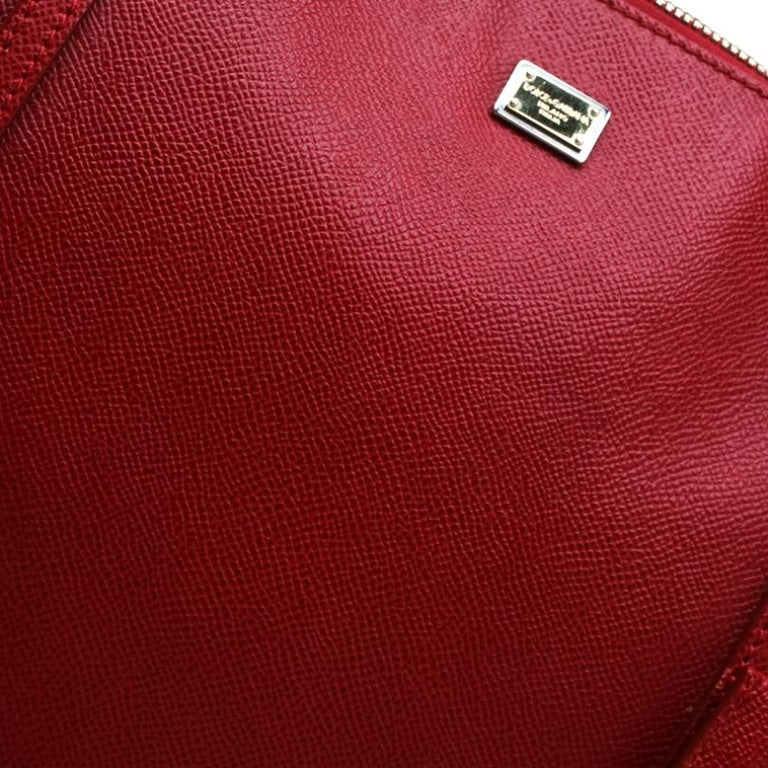 Dolce and Gabbana Red Leather Miss Escape Tote For Sale 3