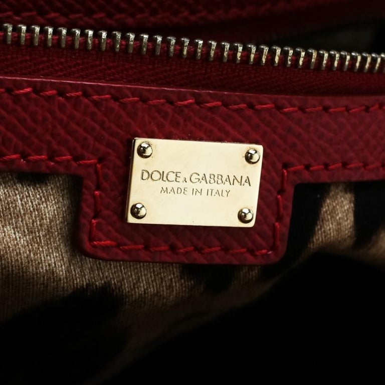 Dolce and Gabbana Red Leather Miss Escape Tote For Sale 4