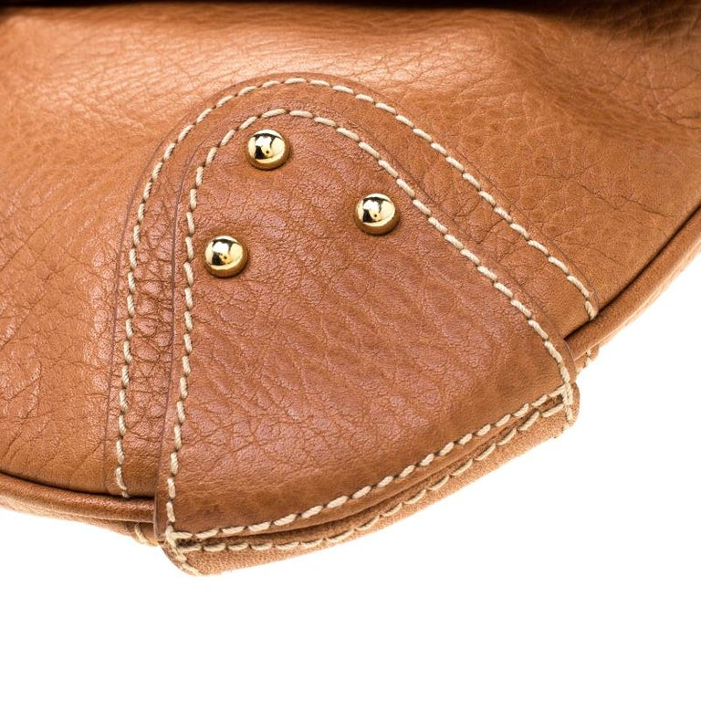 Dolce and Gabbana Tan Leather D-Ring Hobo For Sale 3