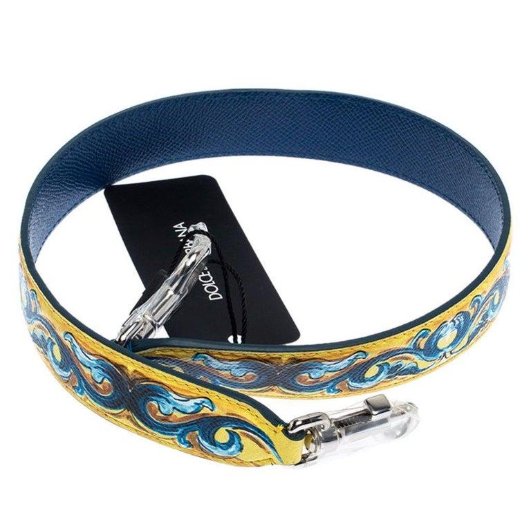 Dolce and Gabbana Yellow/Blue Leather Majolica Bag Strap In New Condition For Sale In Dubai, Al Qouz 2