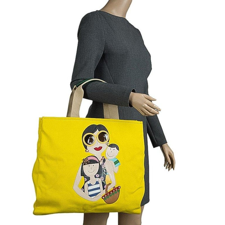 Dolce and Gabbana Yellow Canvas and Leather Maria Shopper Tote In Excellent Condition For Sale In Dubai, Al Qouz 2