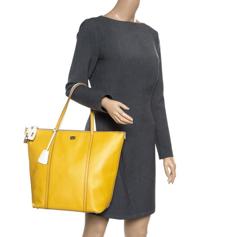Dolce and Gabbana Yellow/Off White Leather Miss Escape Tote In Excellent Condition For Sale In Dubai, Al Qouz 2