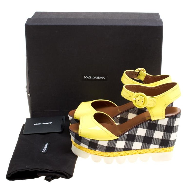 Dolce and Gabbana Yellow Patent Leather Bubble Sole Sandals Size 38.5 For Sale 4