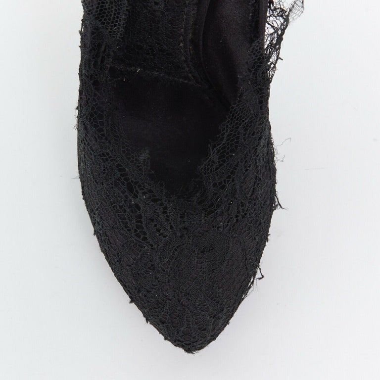 DOLCE GABBANA all-over black lace covered concealed platform pumps EU39 For Sale 2