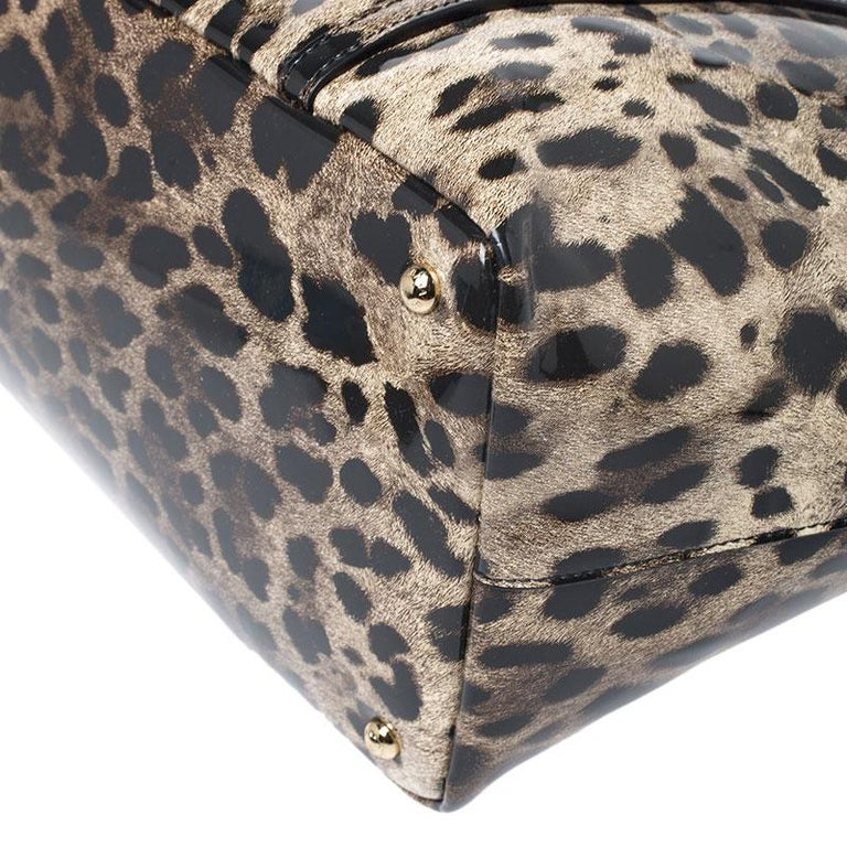 Dolce & Gabbana Black/Beige Leopard Print Patent Leather Miss Escape Tote For Sale 3