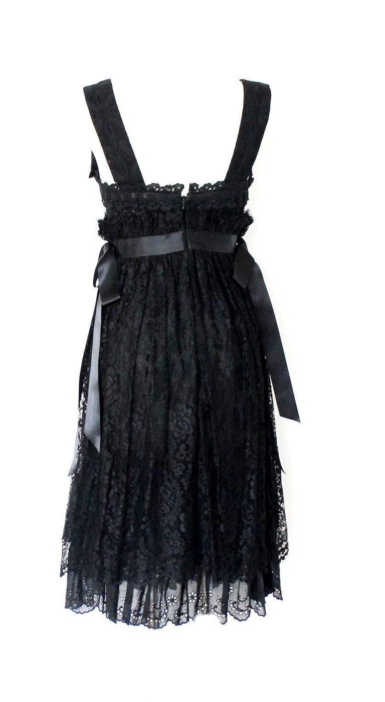 Dolce & Gabbana Black Corset Lace Dress In New Condition For Sale In Switzerland, CH
